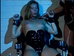 KINKY MATURES Girl/girl -- mfl