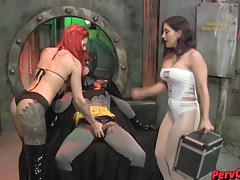 GoGo Chicks VS Batman Female..