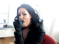 Smoking black-haired -..