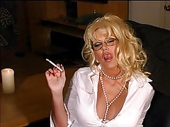 Smoking blondie  - glasses +..